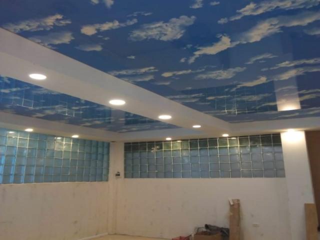 Двухуровневый натяжной потолок -небо